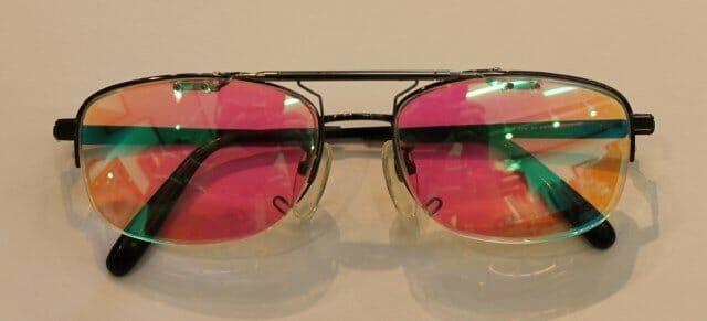 色覚異常矯正眼鏡