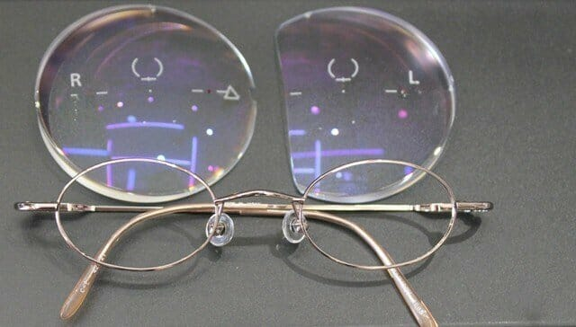 強度内斜視眼鏡加工前