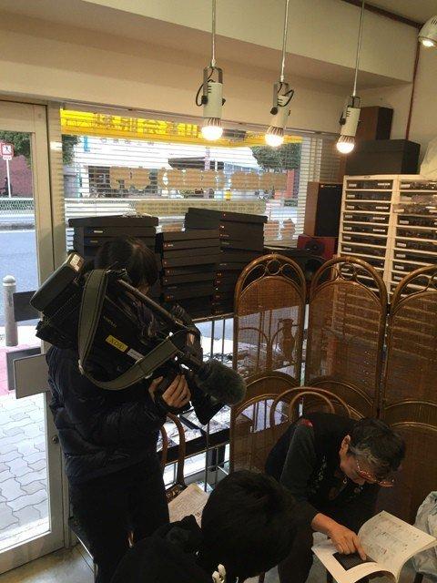 関西黄斑変性友の会 NHKの取材風景
