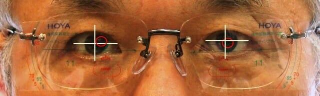 【実施例】幾つも遠近眼鏡を作ったがどれもよく見えない