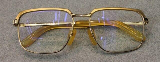 【実施例】滲出型加齢黄斑変性症の方への眼鏡