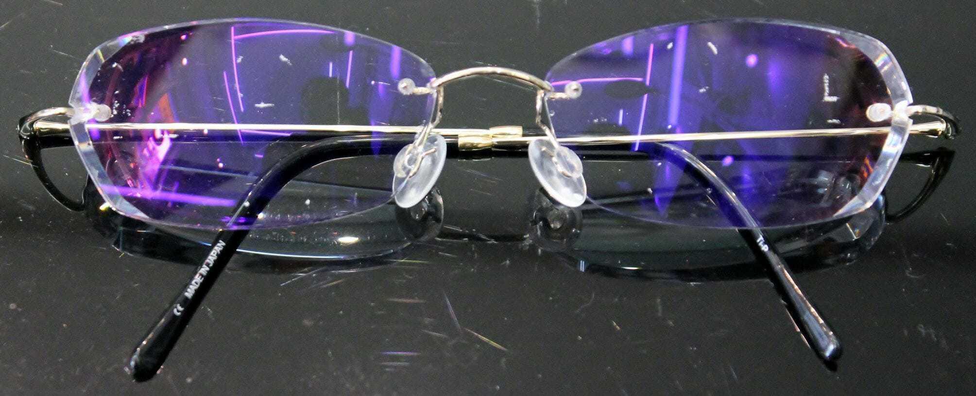 総重量14.5g 複合斜視縁無し眼鏡